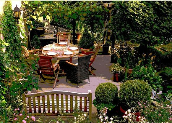 Comment choisir la toile d 39 ombrage parfaite pour votre - Toile d ombrage terrasse ...