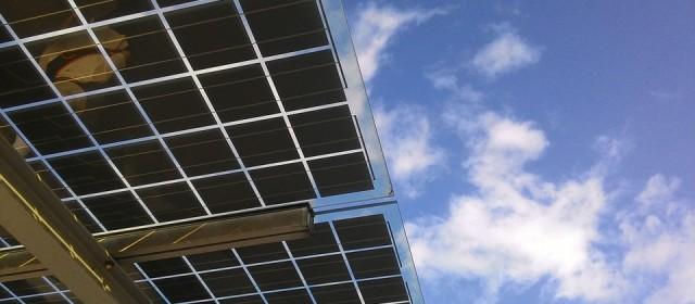 Les panneaux solaires thermiques : Tout sur l'installation nécessaire