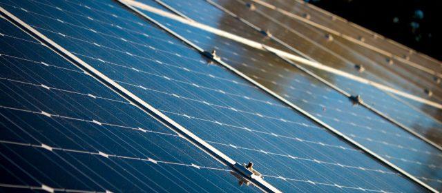 Pourquoi faut-il installer des panneaux solaires